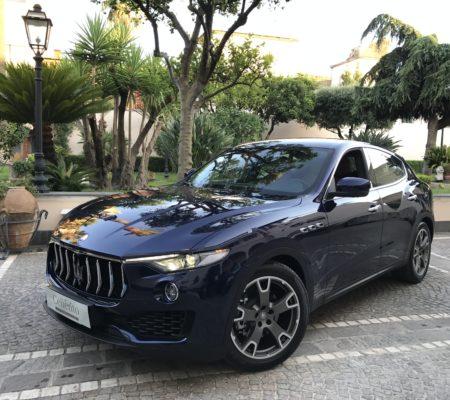 SUV_Maserati Levante Blu (1)